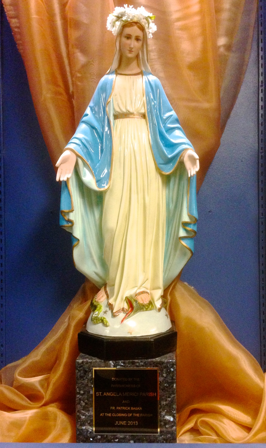 Artifact: St. Mary – Statue – (donation: St. Angela Merici Parish)